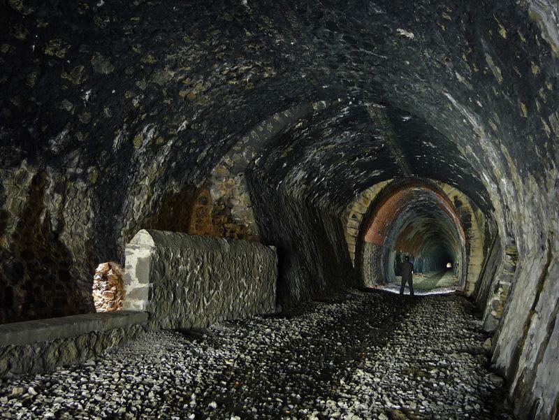Tunnel abandonné