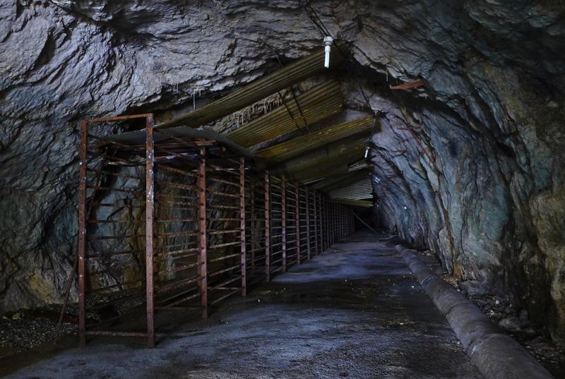 Ancien abri anti-aérien utilisé par la suite comme cave à fromage