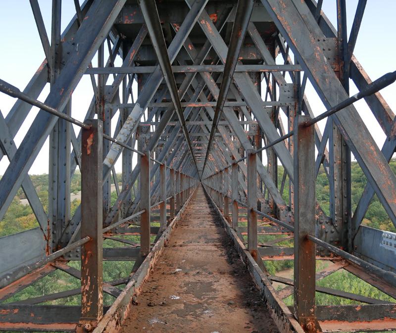 Ancien viaduc ferroviaire